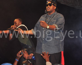 The Mith performs at Navio's concert