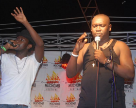 Levixone and Salvado perform at the muchomo festival