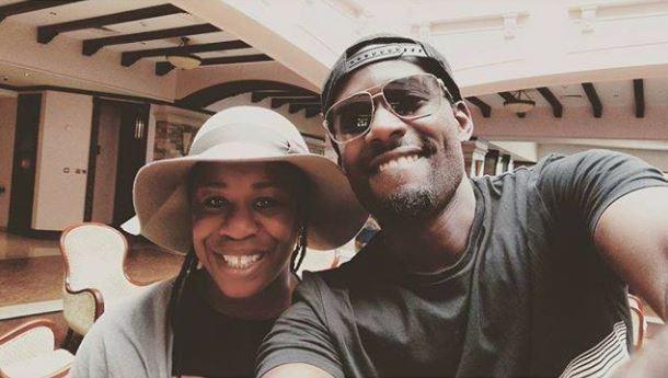 Maurice Kirya takes selfie with American actress Uzo Aduba