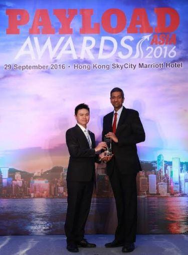 Ravishankar Mirle, Emirates Vice President of Far East and Australasia Emirates SkyCargo accepting the award