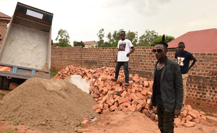 Kalifah Aganaga starts constructing house