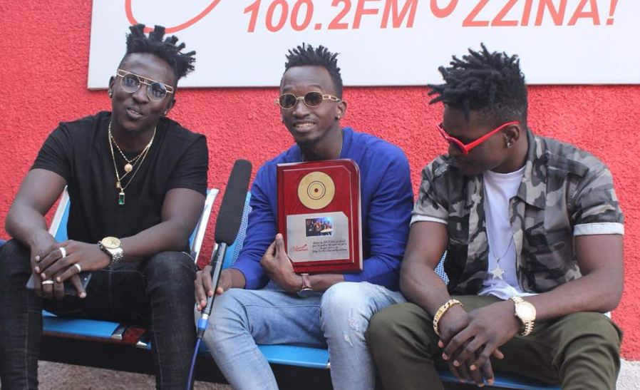 "Galaxy FM has honoured singers B2c for their smash hit song ""Gutamiza"", on which they collaborated with Radio and Weasle."