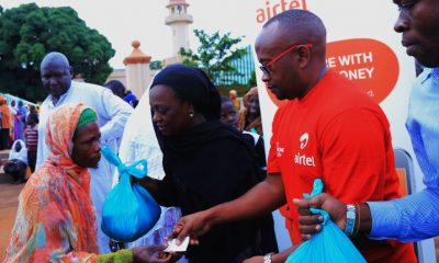On Friday, Airtel Uganda donated to residents of Kibuli community in continuation of its extensive Corporate Social Responsibility campaign of giving to its subscribers throughout the Holy Month of Ramadan.