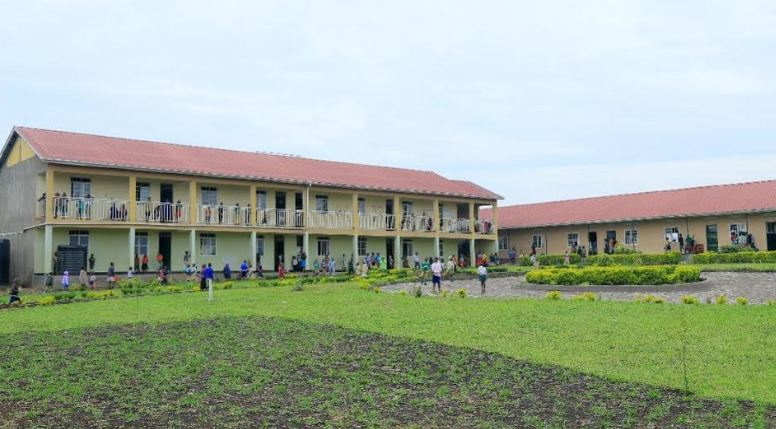 The main classroom block (L) and the administration block which also houses the  science and computer laboratories.